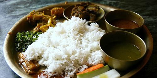 daal bhaat tarkari – riz aux légumes népalais - azizen cuisine d